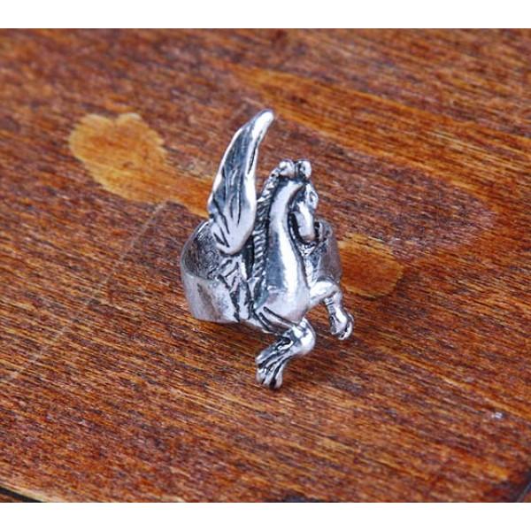 Earring in the shape of a Pegasus. Артикул: IXI40188