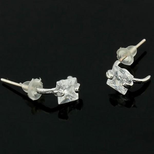 Earrings with stones. Артикул: IXI40196