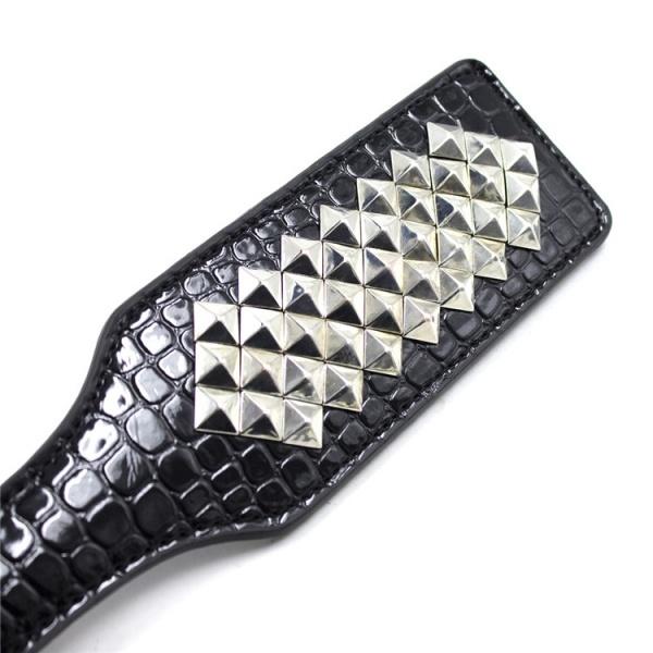 BDSM (БДСМ) - <? print Прямоугольная шлепалка с заклепками; ?>