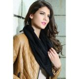 Черный вязаный шарф