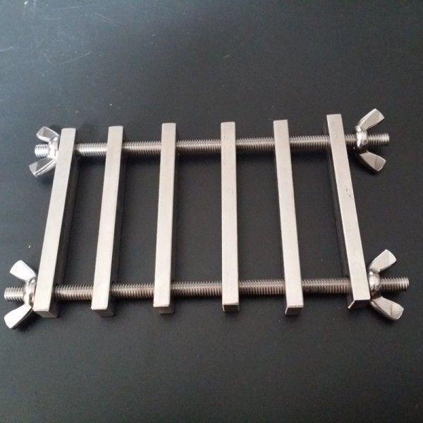 Устройство для испытания пальцев из нержавеющей стали