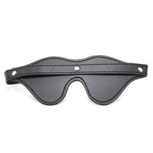 Черня кожаная маска