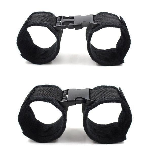 Черные наручники