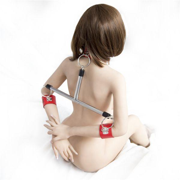 Металлический фиксатор для тела красный