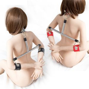 Metal clip for body red