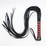 Черная кожаная плеть с красной ручкой по оптовой цене