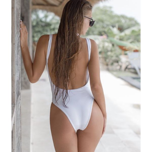 SALE! Classic white swimsuit wide shoulder. Артикул: IXI57968