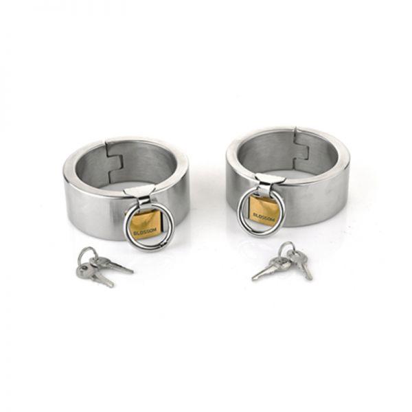 Female Ellipse Stainless Steel Heavy Duty Wrist Restraints Oval Shaped with Brass Lock Joints