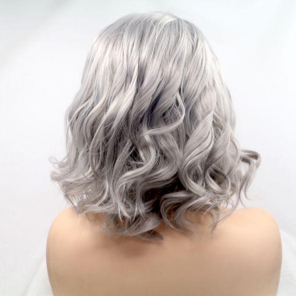 светло серый парик на сетке с легкими кудрями